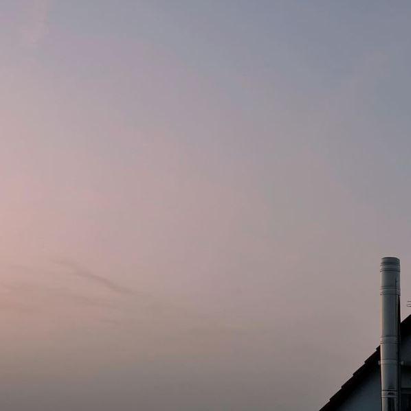 Blassrosa Sonnenuntergang